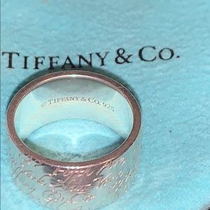 Tiffany & Co. New York Notes Ring